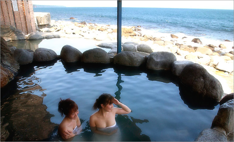 北川黒根岩風呂